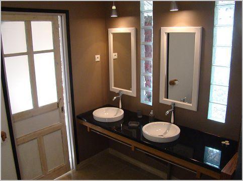 salle de douche 2 lavabos + wc